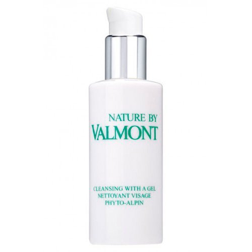 Valmont Cleansing With a Gel